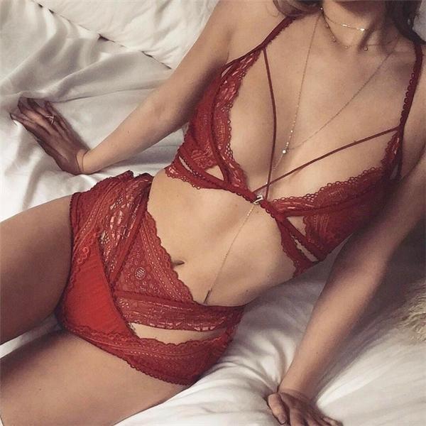 Bí quyết giúp bạn gái ngực nhỏ nhưng vẫn cực sexy
