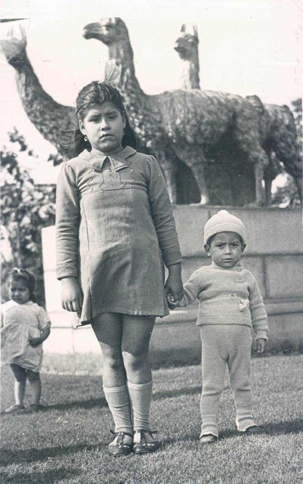 Câu chuyện chấn động về cô bé làm mẹ lúc mới 5 tuổi