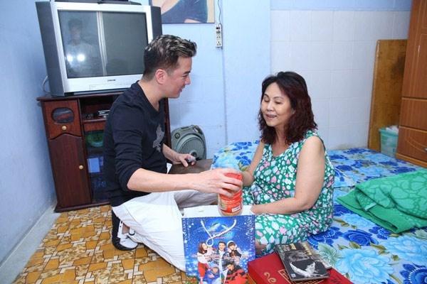 Xót xa trước cuộc sống khốn khó hiện tại của nghệ sĩ Hoàng Lan - Tin sao Viet - Tin tuc sao Viet - Scandal sao Viet - Tin tuc cua Sao - Tin cua Sao