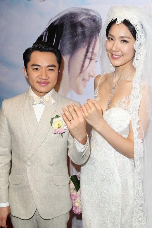 Cả hai viết sang trang mới bằng một đám cưới đình đám và hạnh phúc