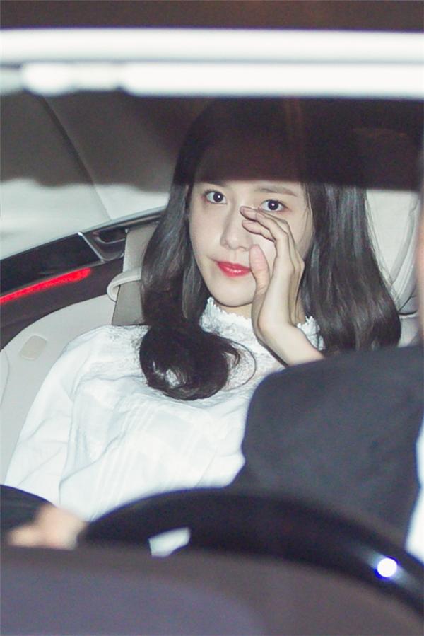 """Cận cảnh nhan sắc đẹp không tì vết của """"thiên thần"""" Yoona"""
