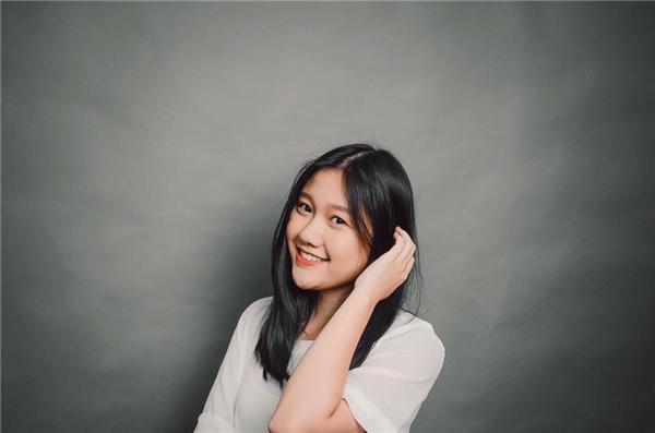 Ngây ngất vẻ đẹp không thua kém hot girl của em gái Trấn Thành