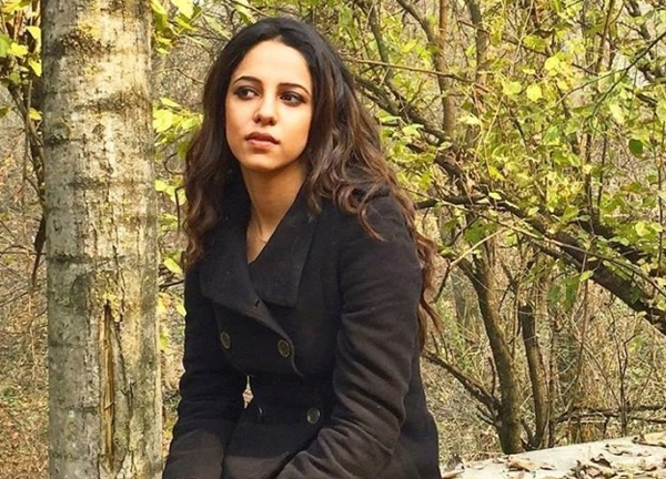 Saima Hussain xinh đẹp chẳng thua gì người mẫu. Ảnh: BuzzFeed.