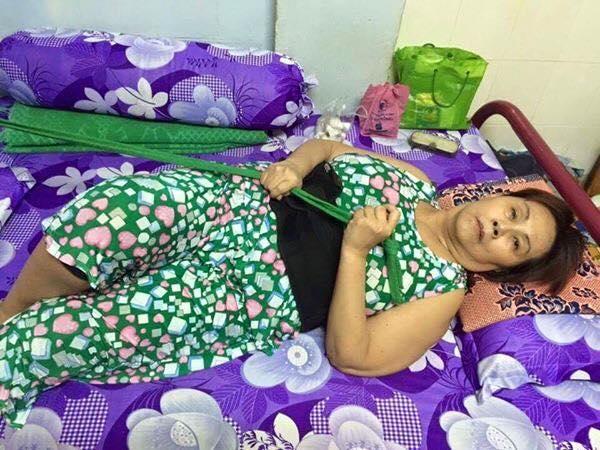 Sao Việt: người kêu gọi, người bỏ tiền túi ủng hộ nghệ sĩ Hoàng Lan - Tin sao Viet - Tin tuc sao Viet - Scandal sao Viet - Tin tuc cua Sao - Tin cua Sao