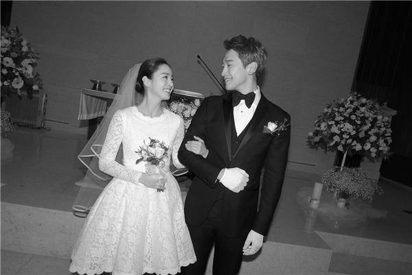 Vợ chồng sao Hàn nào khiến dân tình ganh tị nhất lễ tình nhân năm nay?