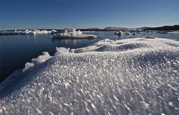 Các bộ phận của cơ thể người sẽ bị đóng băng ngay lập tức.