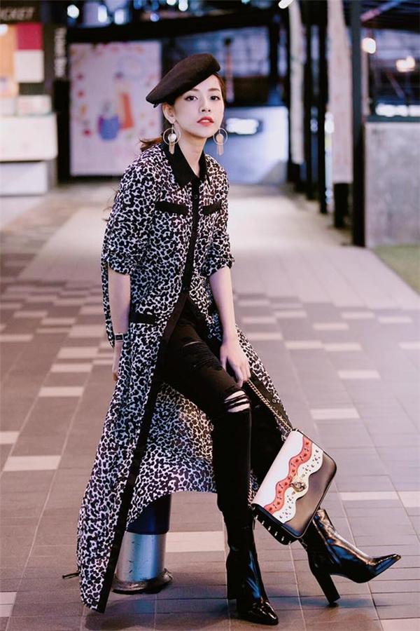 Túi xách Gucci Animalier có giá khoảng 44 triệu đồng.