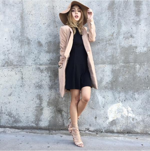 Lily Maymac còn là một trong những icon thời trang hàng đầu nước Úc được giới trẻ toàn thế giới săn đón nhiệt liệt.