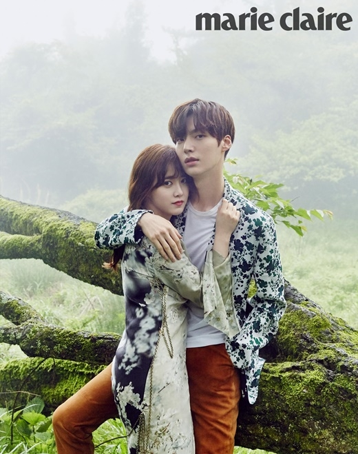 Hình ảnh vợ chồng son Goo Hye Sun và Ahn Jae Hyun làm nhiều người vừa ghen tỵ vừa ngưỡng mộ.