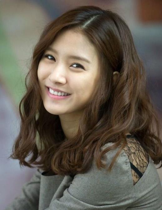 Cô bạn thân đáng yêu với nụ cười tươi tắn đã làm xao xuyến hàng triệu trái tim khán giả.