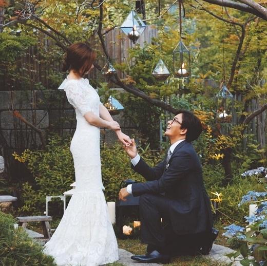 """Sau Vườn sao băng, gần như chỉ có đám cười cùng với Bae Yon Joon thì Park So Jin mới lại được """"săn lùng""""."""