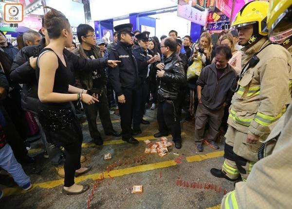 Xếp nến cầu hôn bạn trai, 9X bị người qua đường phá bĩnh gọi báo cháy