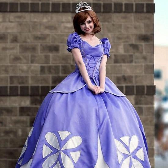 Chi 300 triệu, cô gái biến giấc mơ làm công chúa Disney thành sự thật