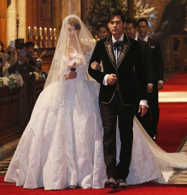 Mừng Valentine, Châu Kiệt Luân hạnh phúc khoe vợ mang thai quý tử