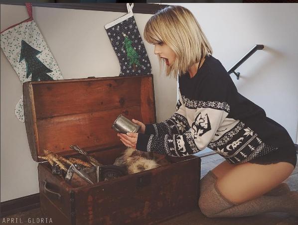 Các fan ruột cũng khó lòng phân biệt đâu là Taylor Swift thật và giả