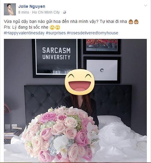 Hoa hậu Thế giới người Việt tại Úc 2015 Jolie Nguyễn lại tỏ ra bất ngờ khi có người tặng hoa nhưng không để danh tính. - Tin sao Viet - Tin tuc sao Viet - Scandal sao Viet - Tin tuc cua Sao - Tin cua Sao