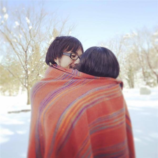 Nhờ có cô bạn gái ảo mà cuộc đời trong mơ của Keisuke rất hạnh phúc, viên mãn.