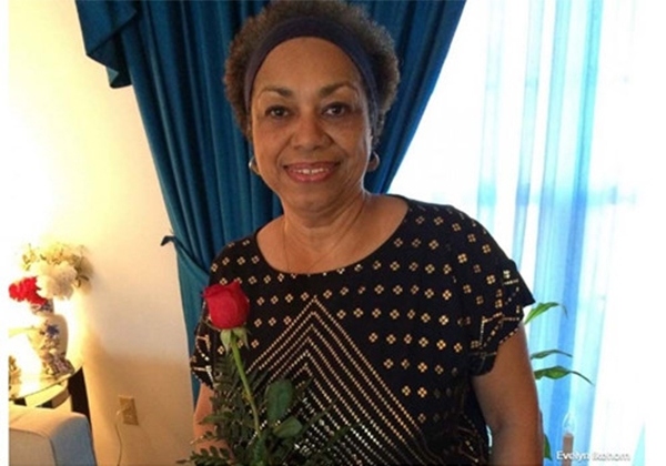 Mỗi tuần bà đều nhận được hoa của chồng vào ngày thứ Hai. (Ảnh: Internet)