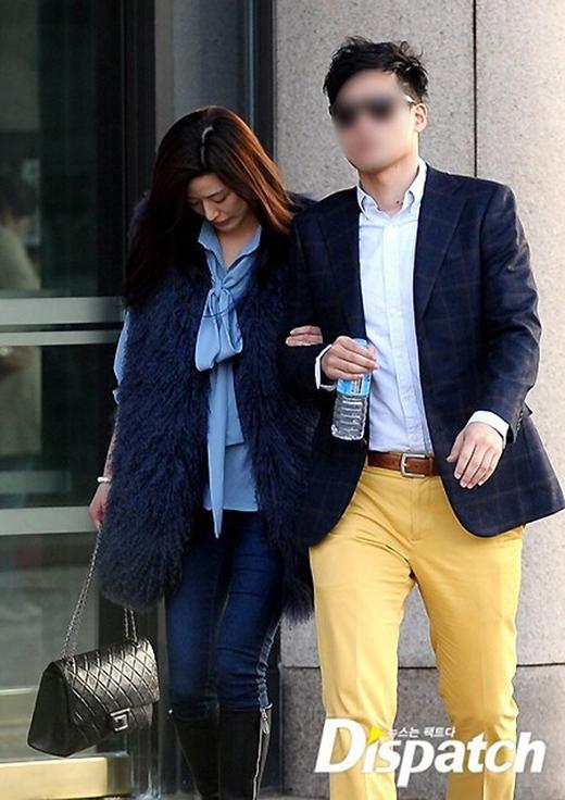 Vô tư mặc áo lông thú ra đường, Jun Ji Hyun bị phản đối gay gắt
