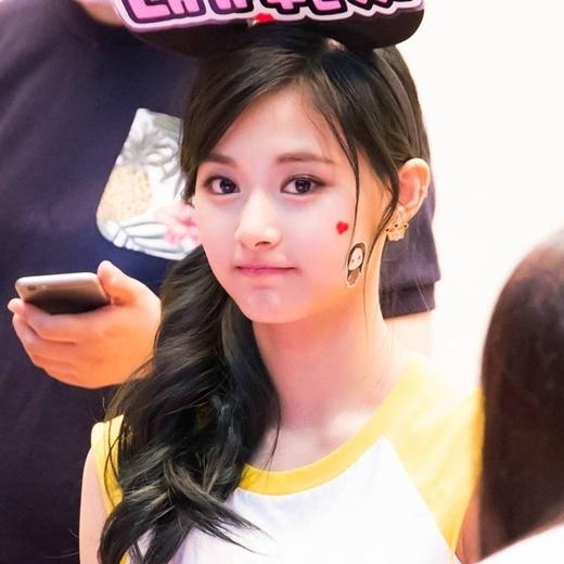 """Có lẽ đây là cô gái """"ngoại"""" được yêu quý nhất tại Hàn Quốc!"""