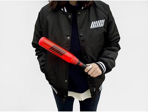 Nhiều fan Kpop còn đùa rằnglight stick của iKon rất hữu ích cho các cuộc xung đột.