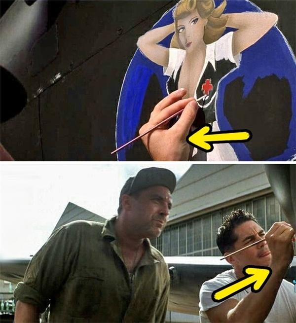 Pearl Harbor (2001): Viên phi công này rõ là có thể vẽ được bằng cả hai tay. Đầu tiên, anh ta vẽ hình một cô nàng y tá bằng tay phải, sau đó lại chuyển qua tay trái, cuối cùng lại trở về tay phải.