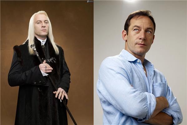 """Và có ai ngờ ông Lucius Malfoy (do nam diễn viên Jason Isaacs thủ vai)lạnh lùng, """"gương mặt tái nhợt"""" lại cường tráng, hấp dẫn thế này không?"""