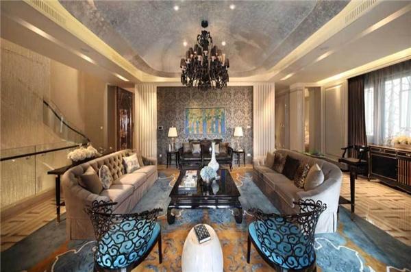"""Căn nhà, còn có tên gọi là """"Ngôi nhà một tỉ Nhân dân Tệ"""" vì đó cũng chính là giá rao bán ban đầu của nó, đã lập kỷ lục tại Trung Quốc vào năm 2016 sau khi được bán với giá 154 triệu đô (hơn 3516 tỉ đồng)."""