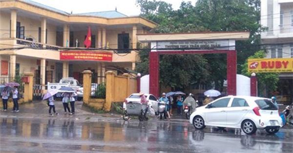 Trường THCS Trần Quốc Toản - Hạ Long, nơi xảy ra tai nạnđau lòng.(Ảnh: Internet)