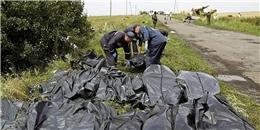 Vụ MH17: Những thi thể rơi lả tả từ trên trời xuống đất