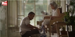 Xúc động với clip người chồng già chăm sóc vợ bị mất trí nhớ