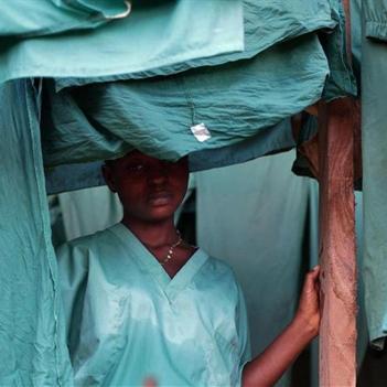 Ebola diễn biến tồi tệ ở Tây Phi