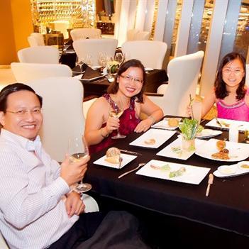 Không gian ấm cúng cùng gia đình đón mừng Quốc Khánh tại Eon51