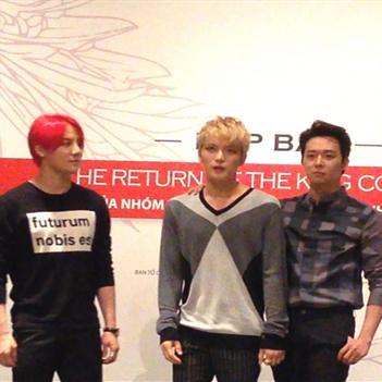 JYJ thiện thiện với báo chí Việt Nam trong buổi ra mắt concert
