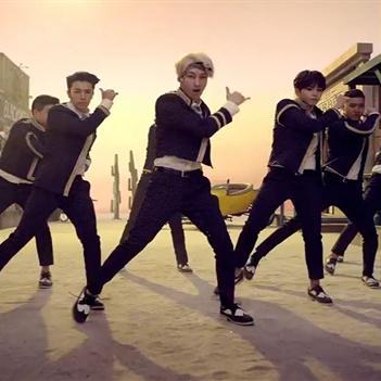 Super Junior đóng phim viễn tây trong MV mới Mamacita