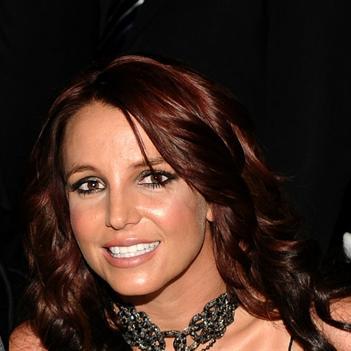 Britney Spears quay trở về cuộc sống độc thân
