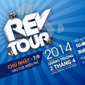 Mùa hè rực lửa cùng Yamaha Rev Tour