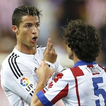 Nghịch lý: CR7 trắng án, sao trẻ Valencia bị cấm 4 trận