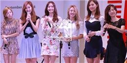 """Vẻ đáng yêu của 6 """"gái"""" SNSD trong buổi giao lưu khiến fan phát sốt"""