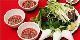 Người nước ngoài sợ món tiết canh Việt Nam