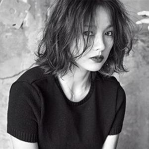 """Lee Hyori đẹp """"hút hồn"""" qua những khung hình đen trắng"""