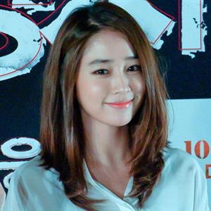 Lee Min Jung bất ngờ dọn về nhà ba mẹ ruột vì scandal của Lee Byung Hun?
