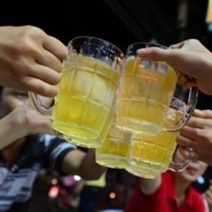 Những thứ tuyệt đối không ăn khi đang say xỉn