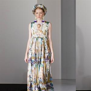 """Thời trang Việt tỏa sáng trên sàn """"London Fashion Week"""""""