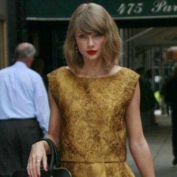 Taylor Swift tự nhốt mình vì không biết sử dụng mạng xã hội