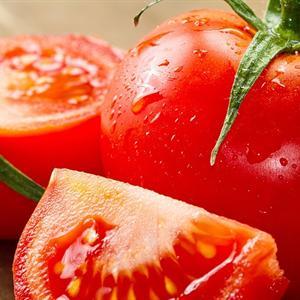 """Giúp da không tì vết với công dụng """"thần kỳ"""" của cà chua"""