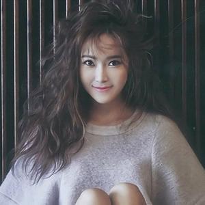 """Jessica (SNSD) hóa """"nàng công chúa tóc xù"""" trên Ceci"""
