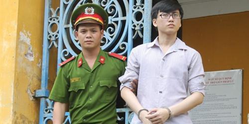 Thanh niên giết người yêu dã man ở Sài Gòn thoát án tử hình