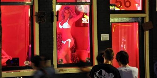 """Những """"khu đèn đỏ"""" tiếng tăm và nhộn nhịp nhất toàn cầu"""