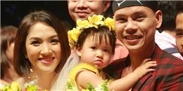 Vợ chồng Phan Đinh Tùng lần đầu khoe con gái trên sân khấu